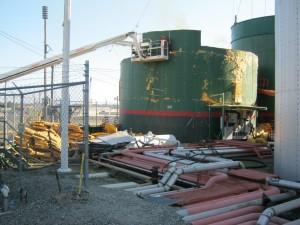 image of tank maintenance